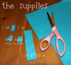 The Chronicles of Ruthie Hart: Felt bow tutorial Felt Bow Tutorial, Felt Bows, Easy Crafts, Crafty, Hair, Simple Crafts