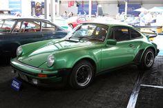 Résultats de recherche d'images pour « porsche 911 turbo 3.0 »
