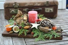 Christmas decoration - :::: Advent arrangement squirrel :::: - a designer piece by . - Christmas decoration – :::: Advent arrangement squirrel :::: – a unique product by BlumereiBerg - Winter Christmas, All Things Christmas, Christmas Home, Christmas Wreaths, Christmas Crafts, Xmas, Christmas Arrangements, Christmas Centerpieces, Christmas Decorations