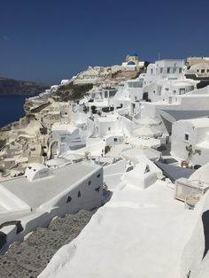 Top 5 Places To Visit in Santorini, greece: Fira to Oia hike