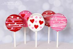 These cute Valentine's Day Oreo pops take only a few minutes to make, and they make a great classroom treat idea for your friends! My favorite Creative Foodie friends and I have whipped up some deliciouspink & red treats to celebrate Valentine's Day. I made a batch of my favorite Oreo pops, and they turned …