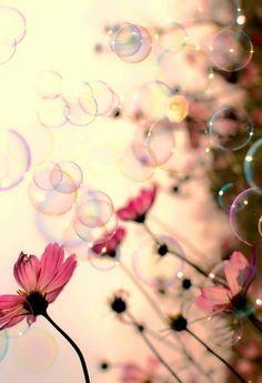 Flowers and bubbles girl wallpaper cute kawaii smartphone iphone galaxy Jolie Photo, Pretty Pictures, Beautiful World, Simply Beautiful, Beautiful Images, Pretty In Pink, Beautiful Flowers, Nature Photography, Photography Flowers