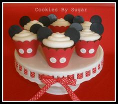 these are so cute~u can do minnie ones too! :)