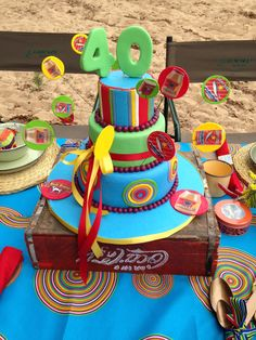Proudly South African Cake African Cake, Out Of Africa, Food Food, Party Planning, Afro, 30th, Centerpieces, Table Settings, Party Ideas