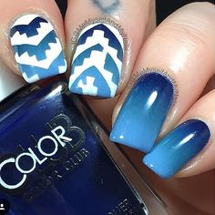 Gorgeous gradient nails with a little vinyl flair by @memyselfandmynails  - Aztec Nail Vinyls  snailvinyls.com