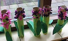 Craft category: Cut and paste: Hyacinth spring flower – Knippen Spring Art, Spring Crafts, Kids Crafts, First Grade Crafts, Toilet Paper Crafts, Montessori Art, Spring Activities, Mothers Day Crafts, Plantation