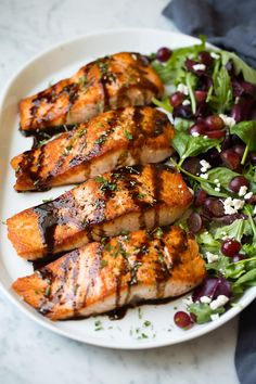 Pan seared salmon is drizzled with a simple honey-balsamic glaze which is also flavored with garlic and rosemary. Such a delicious and impressive dish!