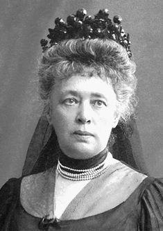 Von Suttner fue una de las más destacadas figuras del movimiento internacional por la paz; difundió la ideología del mismo en numerosas conferencias en toda Europa, y creó una asociación para promoverlo en Austria. Recibio el premio nobel en 1905