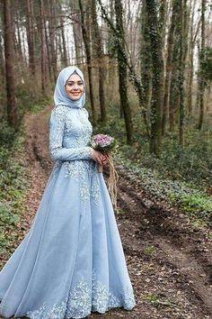 boho wedding dresses...