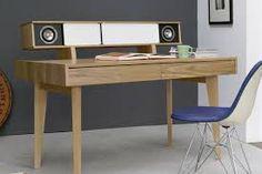 「desk with speaker」的圖片搜尋結果