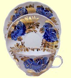Lomonosov Russian Porcelain Golden Garden Trio Tea Cups and Saucer with 7-inch Dessert Plate