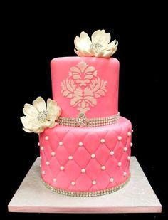 2+tiered+pink+&+diamond+cake.jpg (610×800)