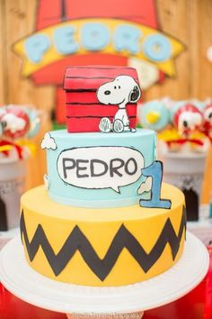 Bolo Snoopy                                                       … Snoopy Birthday, Snoopy Party, 1st Boy Birthday, Birthday Parties, Bolo Snoopy, Snoopy Cake, Fondant Cakes, Cupcake Cakes, Charlie Brown And Snoopy