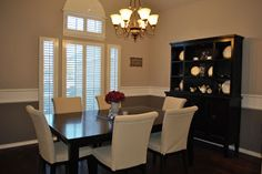 Two-Tone dining room paint idea.