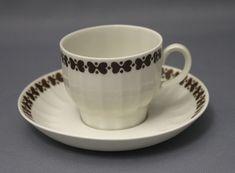 Arabia, Elvikki Kitchenware, Tableware, Finland, Cupboard, Retro Vintage, Tea Cups, Porcelain, Ceramics, Dishes