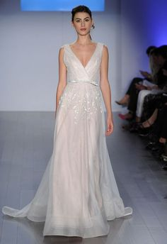 75 Adorable V-Neck Wedding Gowns | HappyWedd.com