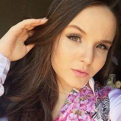 Modelos Brasileiras, Larissa Manoela, Cantores, Snapchat, Fotos Raras,  Celebridades 0db6029bbe