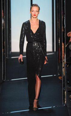 Desfile de Diane Von Furstenberg. Nueva York. Resumen de las mejores pasarelas de la temporada otoño-invierno con fotos. vídeos, Front Row, StreetStyl 2011- 2012. Otoño-invierno.