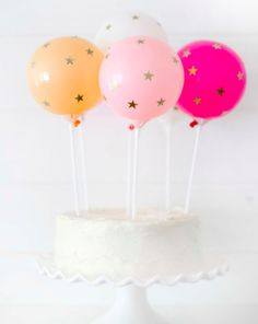We are so excited to share this extra sweet DIY star balloon cake topper tutorial from Chelsey Mass of @brightbolddesign! It is so easy, fast, fun and perfect for any birthday bash or fun occasion! So what if you aren't a professional cake decorater...you will be after everyone sees your Instagram worthy cake topper.