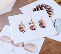 Print then Cut Botanical post cards made with images from the Cricut® Botanical Prints digital cartridge. Make It Now with the Cricut Explore machine in Cricut Design Space.