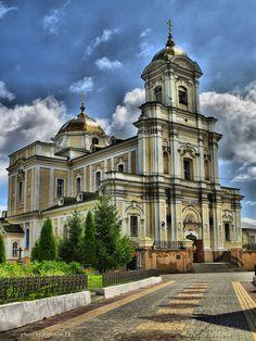 СвятоТроїцькиий кафедральний собор, Луцьк