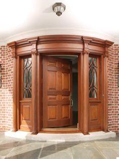 A very different round door