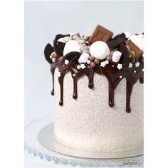 Butter Cream Cake - Cookies & Cream