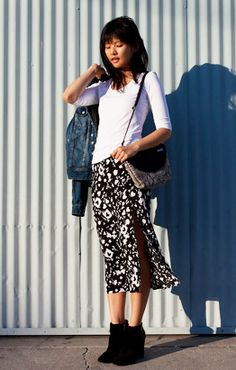 simple white top with pattern skirt and booties // #fallstyle