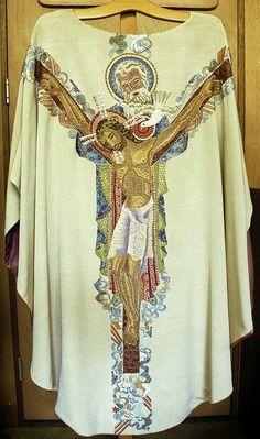 Chasuble  Dutch  Production: J.L. Sträter, Hilversum  Date: c. 1945-1955  Provenance: Church of S. Ignatius (de Zaaier), Amsterdam