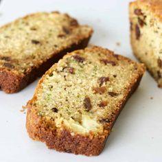 Zucchini Pineapple Bread-Homemade Food Junkie Zucchini Pineapple Bread, Zucchini Bread, Pineapple Recipes, Homemade Food, Quick Bread, Banana Bread, Snacks, Breakfast, Desserts
