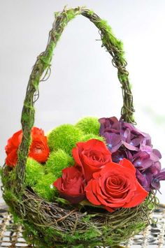 Green Moss-Covered Containers - Easter Flower Idea - Tulip Tricks - Sunflower Floral Design Video