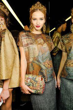 Dolce & Gabbana Fall 2013 Ready-to-Wear Collection - Vogue Estilo Fashion, Moda Fashion, Fashion Week, Fashion Art, High Fashion, Fashion Show, Womens Fashion, Fashion Design, Baroque Fashion