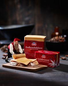 Norwegian Brunost (brown cheese) - really tasty! Viking Food, Cheese Gifts, Gourmet Cheese, Norwegian Food, Scandinavian Food, How To Make Cheese, Goat Milk, Norway, Tasty