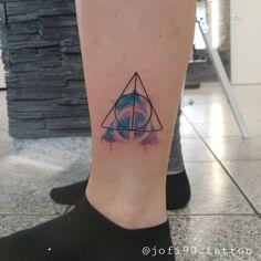 Ink Man Tattoo Studio Budapest #inkmantattoostudio #budapestattoo #tetoválás #tattoo #tattoos #legtattoo #colortattoo #blacktattoo Tattoo Studio, Budapest, Tattoo Artists, Piercing, Triangle, Ink, Tattoos, Piercings, Tatuajes