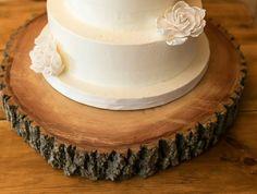 Tree stump cake stand Tree Stump Cake, Cupcake Cakes, Cupcakes, Cake Stands, Wood Ideas, Rustic Elegance, Wedding Cakes, Parties, Birthday