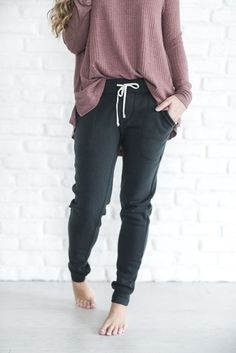 *SIZES SMALL & MEDIUM WILL NOT SHIP UNTIL 2/3 - ALL OTHER SIZES SHIP IMMEDIATELY* The absolute softest/cuddliest/must have joggers you could EVER want (scratch that) NEED. The distressed black color, #comfystyle