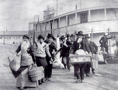 Ellis Island Immigrants | ellis5.jpg