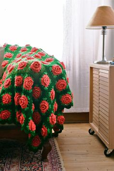 Vintage Blanket / Wool Crochet Afghan or Lap Throw / Pink  Roses on Green