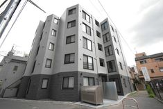 Rent from ¥141,000/month! Modern private apartments at one of the best residential areas of Tokyo! Supermarkets, restaurants, convenience stores, pharmacies, all close to this apartment building! From Edogawabashi station, at just a 4-min walk from the apartment, you'll have access to the Tokyo Metro Yurakucho Line, but multiple stations and bus stops can be found near the property so there is bound to be one convenient for you! Everything you need for a comfortable stay is provided. Shinjuku Tokyo, East Side, Apartments, Skyscraper, Restaurants, World, Building, Modern