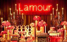 Aposte no tema Moulin Rouge e comemore seus 15 anos com uma festa incrível! - 15 anos - CAPRICHO