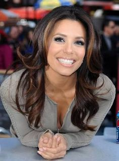 In this paper you will find the latest Eva Longoria hairstyles. Eva's short haircuts, like long hair Eva Longoria Hair, Eva Longoria Style, Latest Hairstyles, Celebrity Hairstyles, Gabrielle Solis, Hair Styles 2016, Hair Pictures, Hairstyles Pictures, Hair Highlights