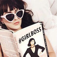 Girlboss: livro de Sophia Amoruso.