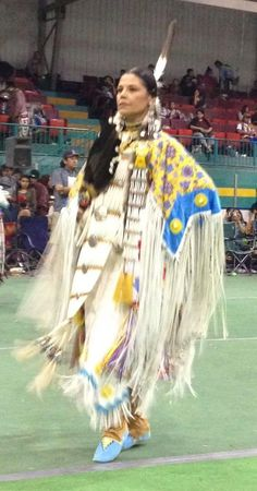 Womans Traditional Northern Cloth Category-1st day of Loon Lake Pow Wow, SK 2016 it was very hot.