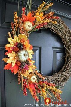 Beautiful DIY Fall Door Wreath Ideas That Impress Your Visitors – Fall Wreath İdeas. Diy Fall Wreath, Holiday Wreaths, Wreath Ideas, Fall Door Wreaths, Ribbon Wreaths, Tulle Wreath, Winter Wreaths, Floral Wreaths, Burlap Wreaths