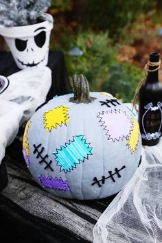 Easy no-carve pumpkin ideas: Sally's patchwork pumpkin from Nightmare Before Christmas. Pretty simple!
