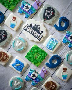 Fortnite #fortnite artist #cookieboss #shanescookiecorner #sugarcookies #royalicingcookies #decoratedsugarcookies #edibleart #fortworthtx… 9th Birthday Parties, 14th Birthday, Boy Birthday, 10e Anniversaire, Trampoline Party, Video Game Cakes, Birthday Cookies, Cookie Decorating, Party Ideas