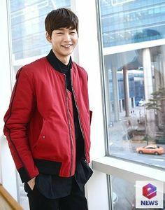 Lee Won Geun, Sassy Go Go, So Ji Sub, Bomber Jacket, Leather Jacket, Fashion, Korean Actors, Studded Leather Jacket, Moda