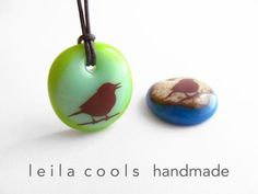 Song Bird Necklace - A colourful song bird necklace handmade in kiln-fired art glass by Leila Cools. A fun way to show your fondness for birds and a thoughtful gift for the bird lovers in your life. Bird Jewelry, Animal Jewelry, Handmade Necklaces, Handmade Jewelry, Handmade Shop, Handmade Gifts, Fire Art, Bird Necklace, Glass Birds