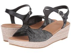 Ugg: Kids I Heart Prinne Sparkle Little Kid/Big Kid (Black Textile) These sparkly sandals are ready to see some sun. Metallic linen meets a raffia-wrapped wedge for a stylish—and of course comfortable—step up.