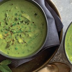 Green Pea, Asparagus, and Parsley Soup